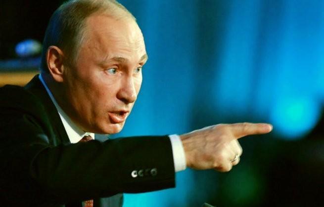 Иностранцы: «вначале олигархи смеялись над Путиным, а он поставил их на место, как щенят!»