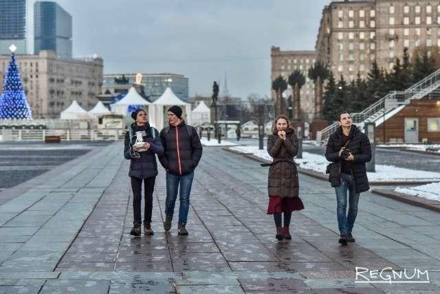 Школьники из ЛНР с активистами РВС