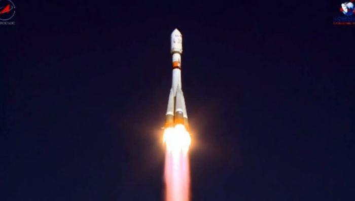 Космодром Восточный: ракета «Союз-2.1а» с 11 спутниками стартовала
