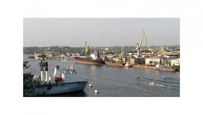 Отжатый у Порошенко морской завод в Севастополе перешел в федеральную собственность