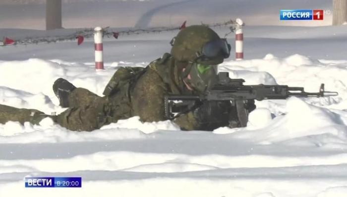 Калашников АК-12 и АК-15: легендарный автомат стал оружием солдат будущего
