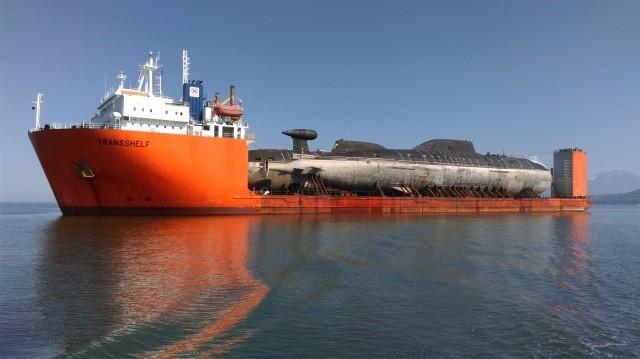 Транспортировка двух АПЛ по Северному морскому пути