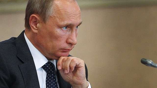 LeJDD: Загадочный Путин почти никому не доверяет