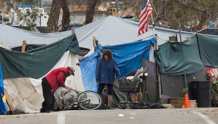 Почему простые американцы всё больше страдают от чудовищной бедности?