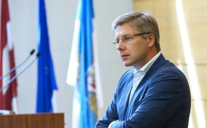 На фото: мэр Риги Нил Ушаков