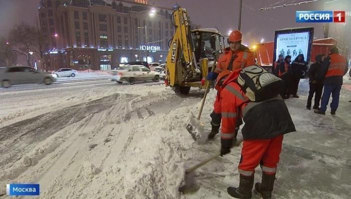 В Москве снегопад столетия сменится самым холодным днём зимы