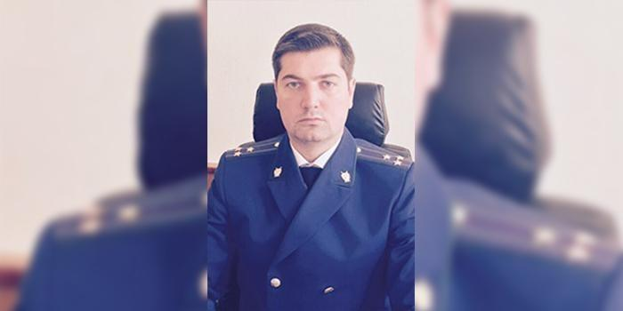 В Москве за беспредел и хамскую езду на мамином Хаммере, прокурор отделался выговором
