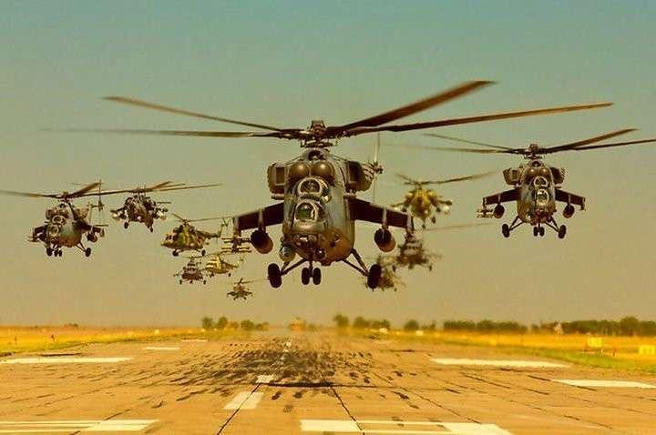 Иностранцы о Вежливых вертолётах в Крыму: Браво Путин! Люди уже не верят русофобским СМИ