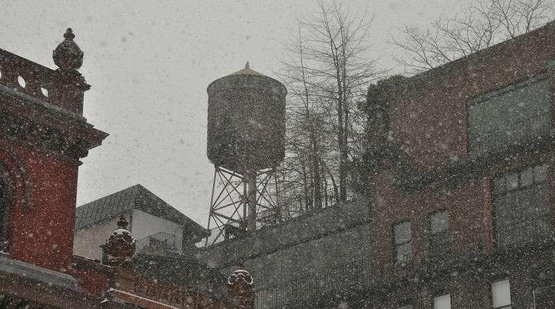 В Нью-Йорке более 300 тысяч жителей зимовали без тепла и горячей воды