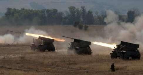 Танки, грады иартиллерия: народная милиция ЛНР готова отразить агрессию карателей