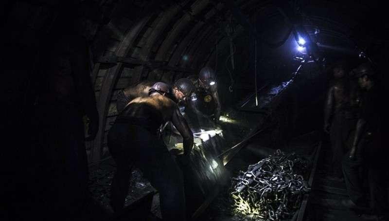 В Кемеровской области на шахте произошла авария. Есть пострадавшие