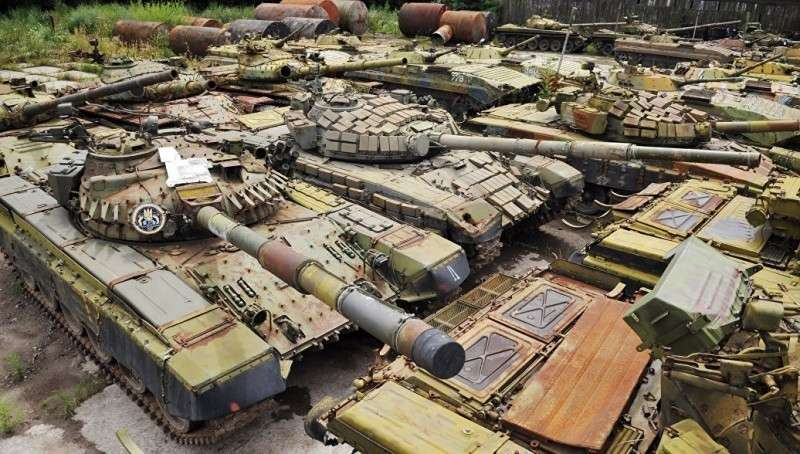Как Киевская хунта продает за рубеж ржавые гробы под видом нового оружия