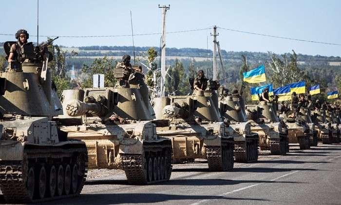 Киев рвется в последний бой. Несмотря на перемирие, украинские военные наращивают силы в Донбассе
