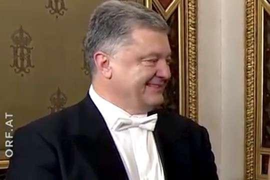 Вальцмана раскритиковали за венский «бал во время чумы» на Украине