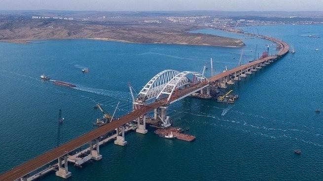 Опубликована фотография готового участка Крымского моста