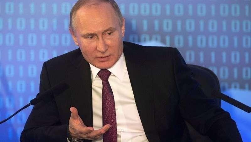 Анекдот про тракториста от предпринимателя Лисина на съезде РСПП Владимиру Путину
