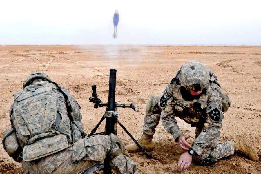 M224_mortar_firing