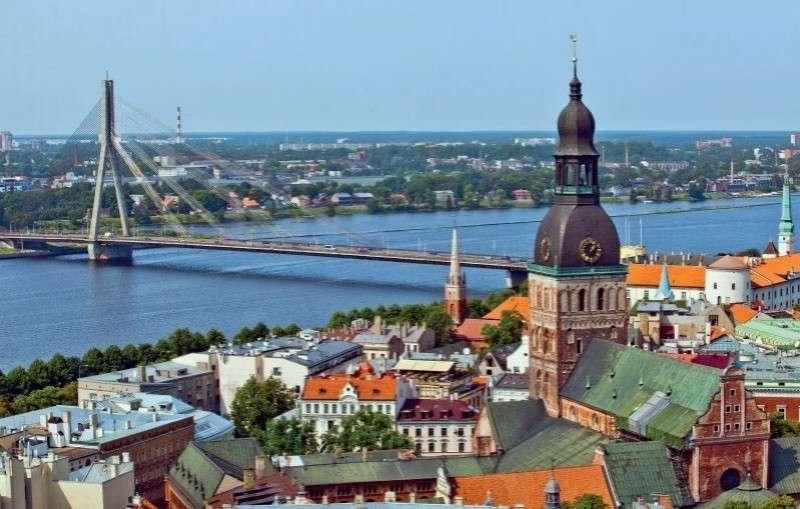 Иллюзии и перспективы русского народа в русофобской Латвии
