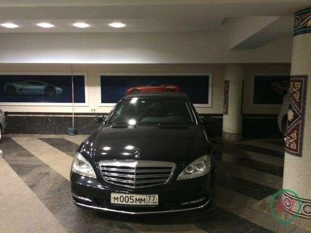 Министр образования Дагестана Шахабас Шахов удивил всех своей коллекцией автомобилей (8 фото)