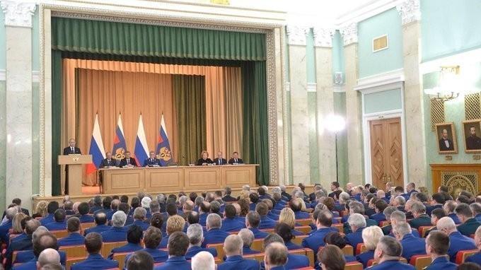 Владимир Путин принял участие в расширенном заседании коллегии Генеральной прокуратуры