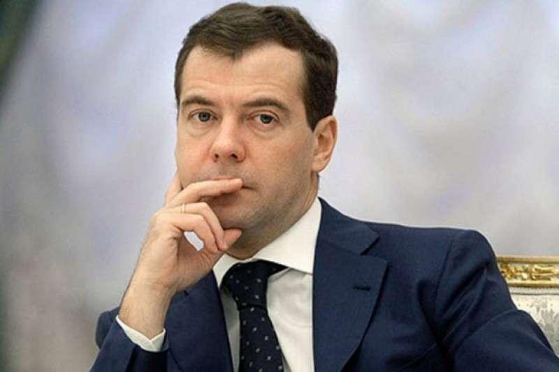 Обращение к Дмитрию Медведеву: Из-за вашего бездействия покончил с собой отец 4-х детей