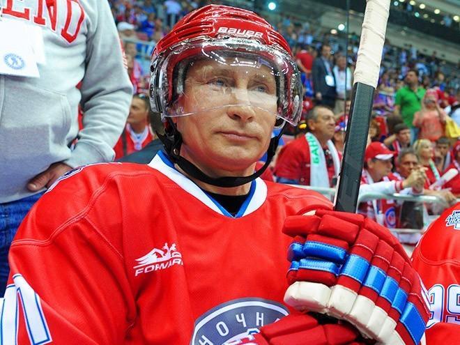 Российские хоккеисты «всухую» обыграли сборную США и заняли первое место в группе