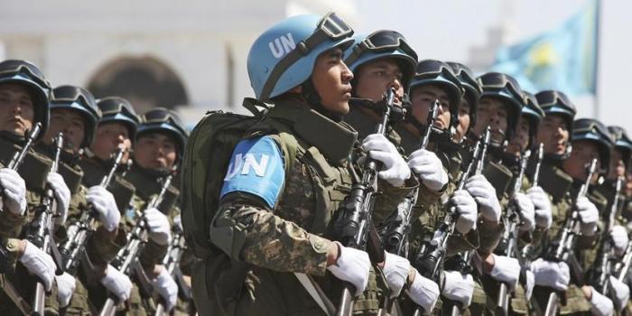 НАТО потребовало передать всю территорию Донбасса и границу с Россией миротворцам ООН