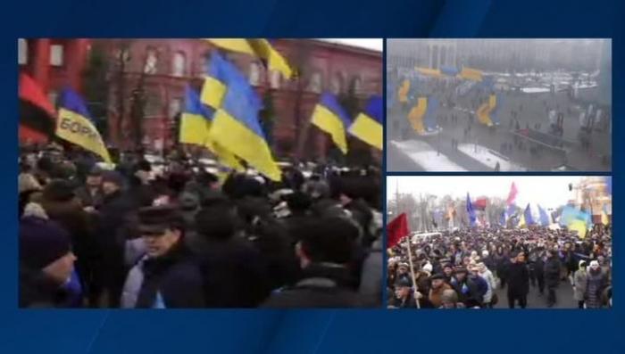 В Киеве несколько тысяч скакунов требуют себе нового презика