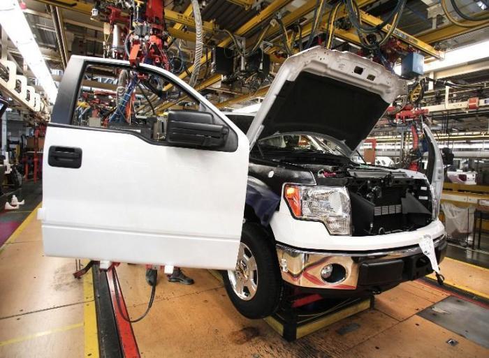 Россия подготовила комплекс мер в ответ на западные санкции, среди них запрет на импорт автомобилей