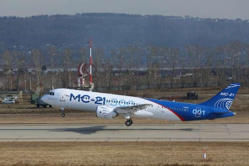Самолёты и вертолёты, которые получит Россия в 2018 году