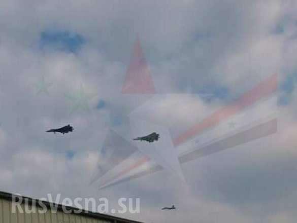 СРОЧНО: Новейшие истребители Т-50«ПАК ФА» впервые прибыли в Сирию (ФОТО, ВИДЕО) | Русская весна