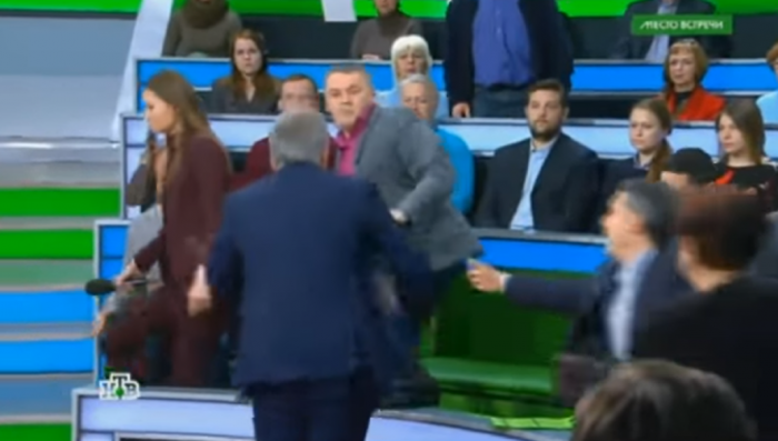 Украинский политолог, подравшийся на НТВ с Норкиным, дал комментарии в Facebook