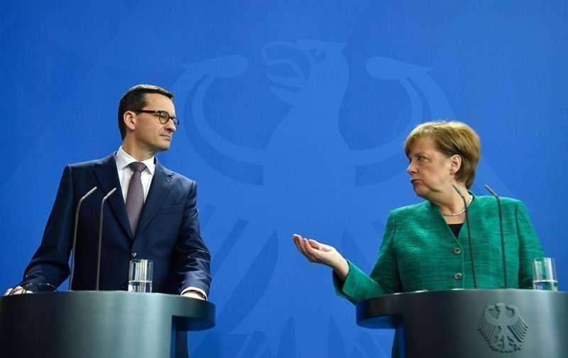 В Германии украинских и польских патриотов травмировали трубой