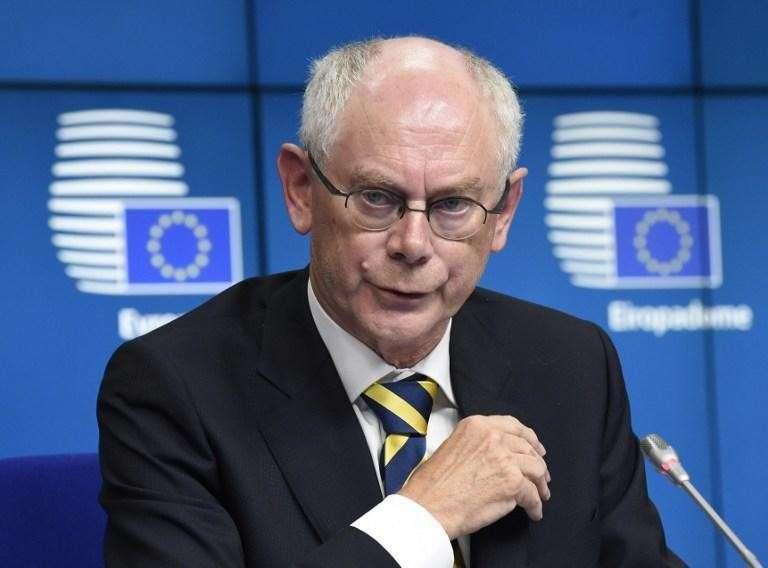 Страна дураков: ЕС вводит новые санкции, но готов вскоре отменить их полностью