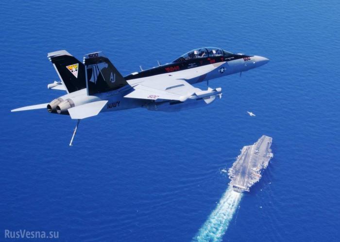 Экипаж самолета ВМС США «ослеп» и замерз на высоте 7 км