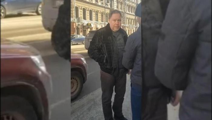 В Петербурге бандюга-прокурор пригрозил расправой пешеходу: «Я тебя сгною»