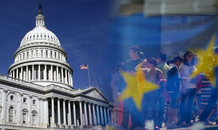 Европа начинает уставать от Америки. Жители Старого Света хотят получить больше независимости от США. Но элита против