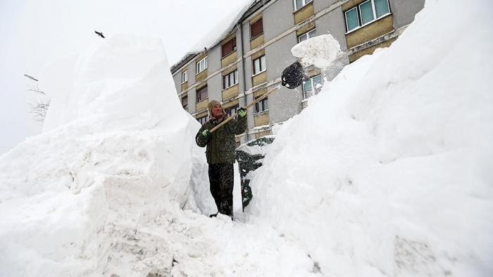 В Европе аномальные морозы и снегопады: погибли более 60 человек