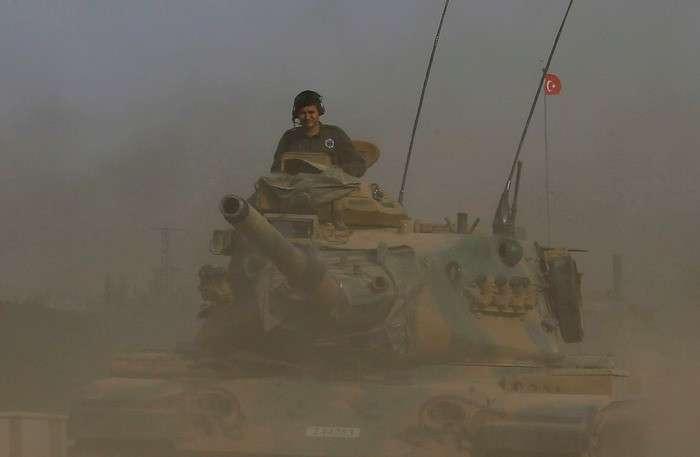 Пентагон официально выплачивает ежемесячную зарплату 10 тысячам террористов в Сирии