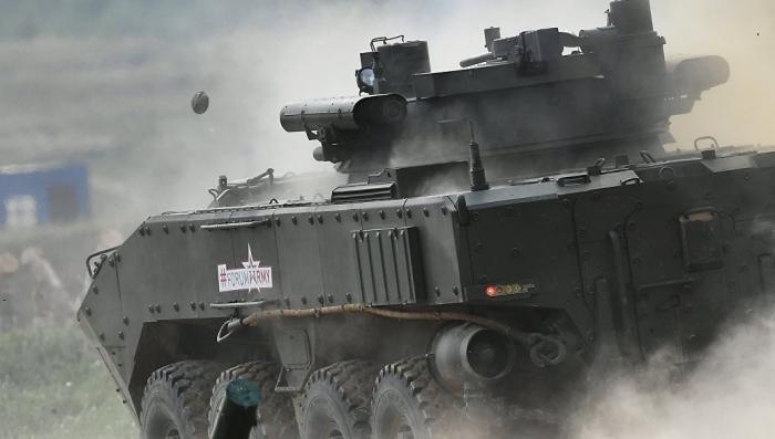 """БТР """"Бумеранг"""". Зачем российской армии колесные танки"""