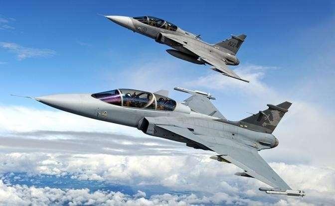 На фото:  Saab JAS 39 Gripen, истребитель ВВС Швеции