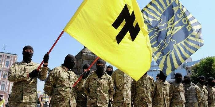 The Guardian: Нацистов из «Азова» спонсирует Тарута