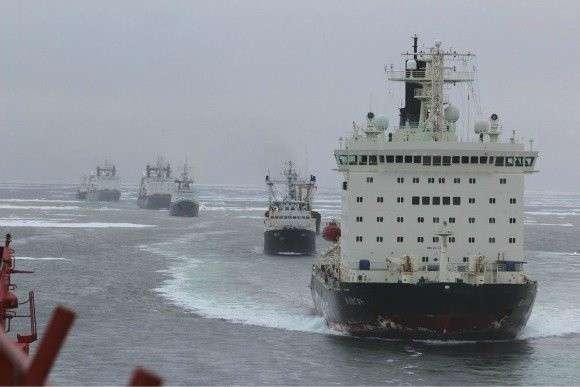 Атомоходы Росатомфлота начали проводку военного каравана Северного флота