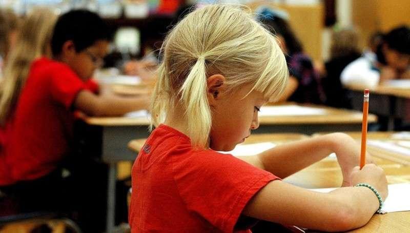 ЛГБТ – паразиты официально калечат психику детей в школах США
