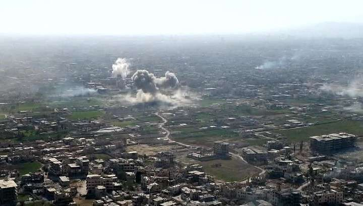 Сирия, Восточная Гута. Мирные жители бегут от наёмников США