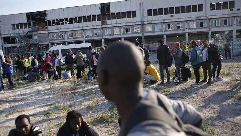 Европейцам под контролем мигрантов живётся не сладко. Обзор гетто