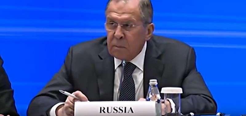 Сергей Лавров красиво пояснил почему Англия предлагает России «отойти и заткнуться»