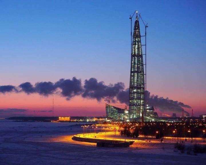 Газпром покидает Лондон и перебазируется в Петербург