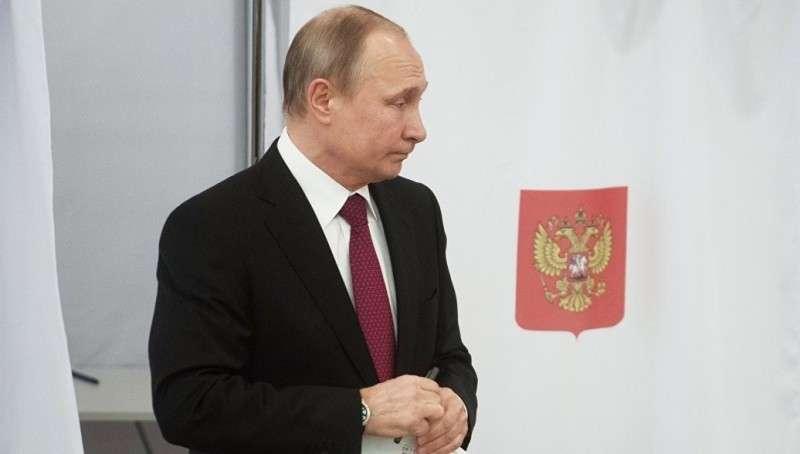 Путин проголосовал на выборах президента