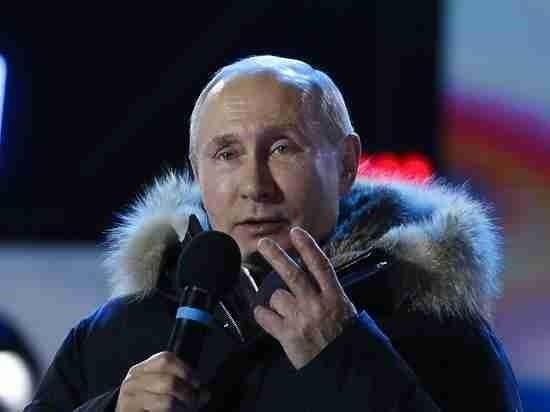 Владимир Путин появился в избирательном штабе без премьера